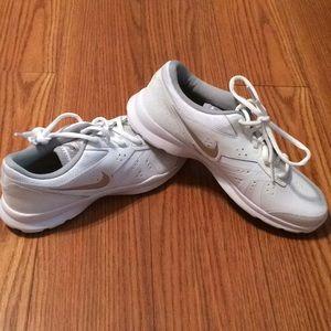 NIKE..brand new Women's white Sneakers..size 7.5